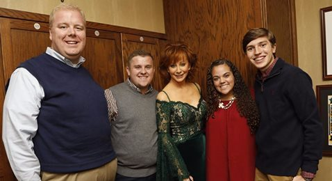 Reba's Country Christmas with 4-Hers